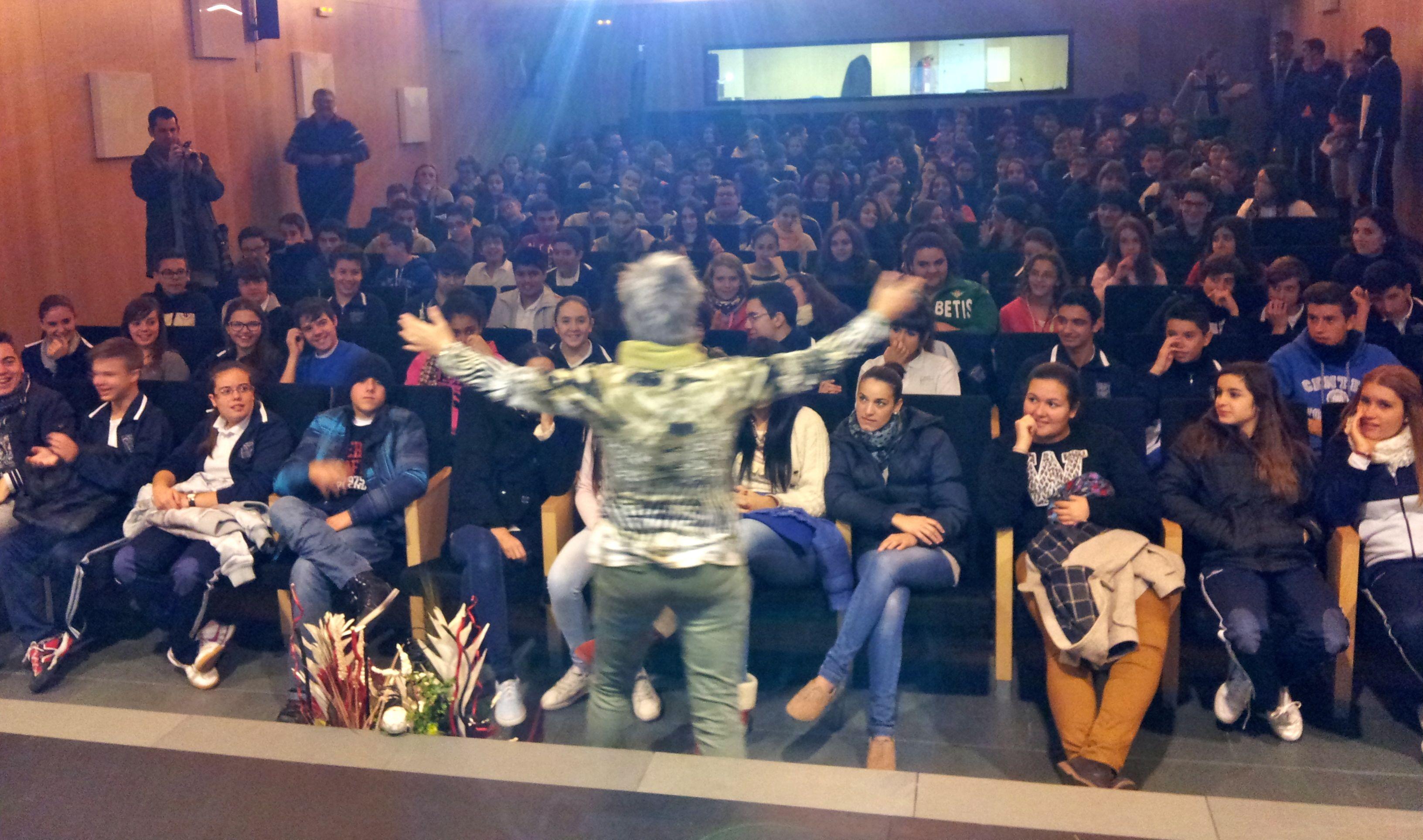 Oliva en auditorio